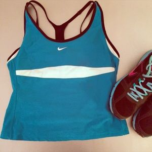 NIKE Fit Dry Workout Athletic Tank Teal Medium